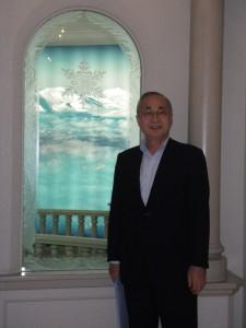 雪の結晶美術館・山岸憲司弁護士政治連盟理事長